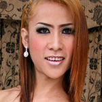 Am. Ladyboy who loves to party!