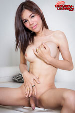 Lola  lola  lola is a fun 26 year old tranny  she always smiles